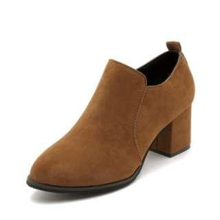 Women Korean Trend Thick Heeled Pointed Fashion Boots [Brown/Black]