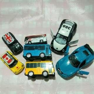 😎買圖一送圖二 鋁合金 玩具車 塑膠