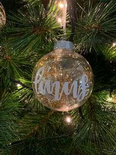 🚚 (RESTOCK!!!! ONLY 18 PIECES LEFT!!) personalised Christmas baubles !!