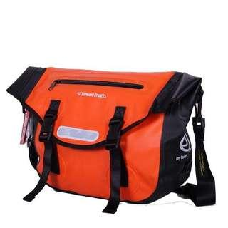 Streamtrail Passage DX 12.9L Shoulder Messenger Bag - Orange