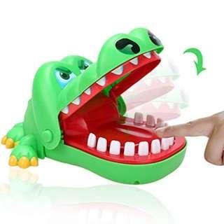 🚚 *INSTOCKS* Crocodile Dentist Toy Game Perfect for Christmas / Gifts / Ice breaker