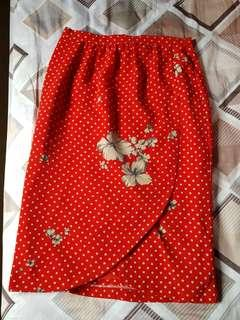 Vintage a line red skirt with back zip and rose print
