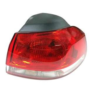 Tail Light Right Outer