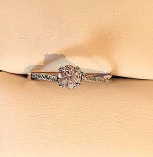 Natural authentic diamond D VS1 Solitaire ring
