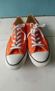 Authentic Converse Sneakers (Almost New!)