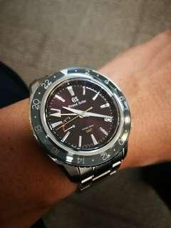 Grand Seiko GMT Spring Drive SBGE 245 (limited)