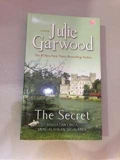 The Secret by Julie Garwood (buku novel terjemahan)