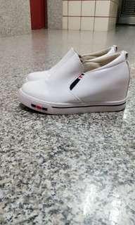🚚 休閒增高鞋 白