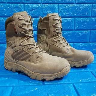 Delta tactical boots sale or swap sa adidas sneakers