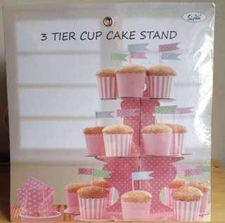 3 tier ckae stand