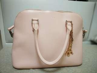 💕Agnes b淺粉紅色皮革手袋☺