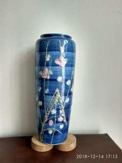 Vantique limited edition Japan make flower vase 限量版日本进口花瓶。