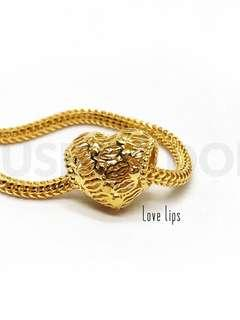🚚 916 Gold Charm