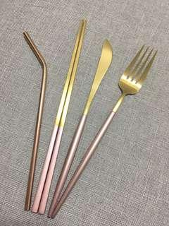 Golden and rose pink tableware 金色玫瑰金餐具套裝