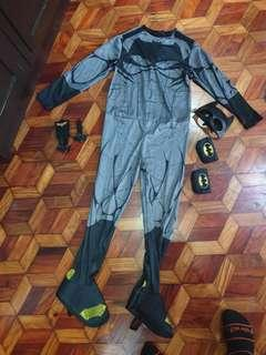 Batman costume with mask, pouches and shooting batarang