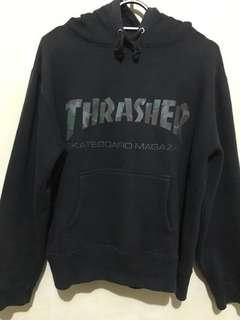 Thrasher hoodie japan market size small