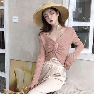 [PO] knitted knot top