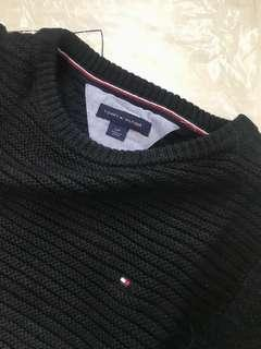 Brand new Tommy Hilfiger Woman's Classic black sweater; ladies pullover top 冬天黑色冷衫