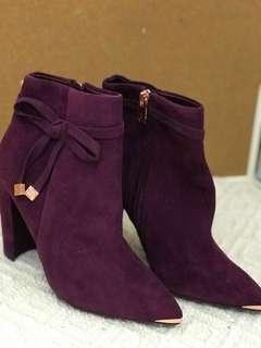 Brand new Ted baker purple-ish burgundy suede ankle boot, heels TB猄皮短靴高跟鞋