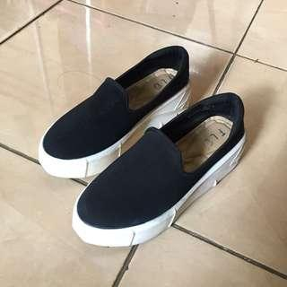 Fld by fladeo black shoed