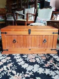 CLEARANCE: Excellent quality Solid Pine Wood Chest