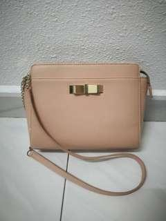 💯 Authentic Charles & Keith Bag in pink / beige / nude