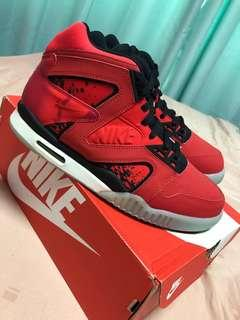 Nike Agassi Tennis Air Tech Challenge Hybrid Chilling Red