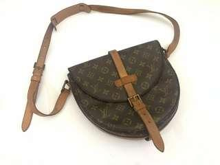 auth. LOUIS VUITTON chantilly 1990