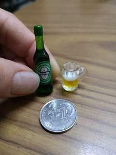 Miniature beer bottle / cup