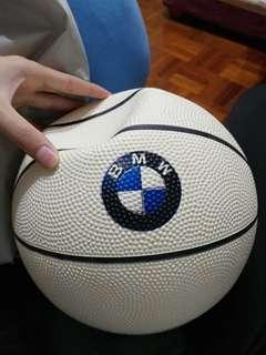 🚚 BMW 紀念籃球🏀