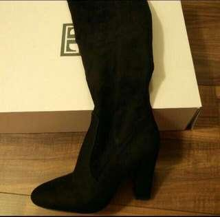 Ivanka trump knew high boots black suede size 7