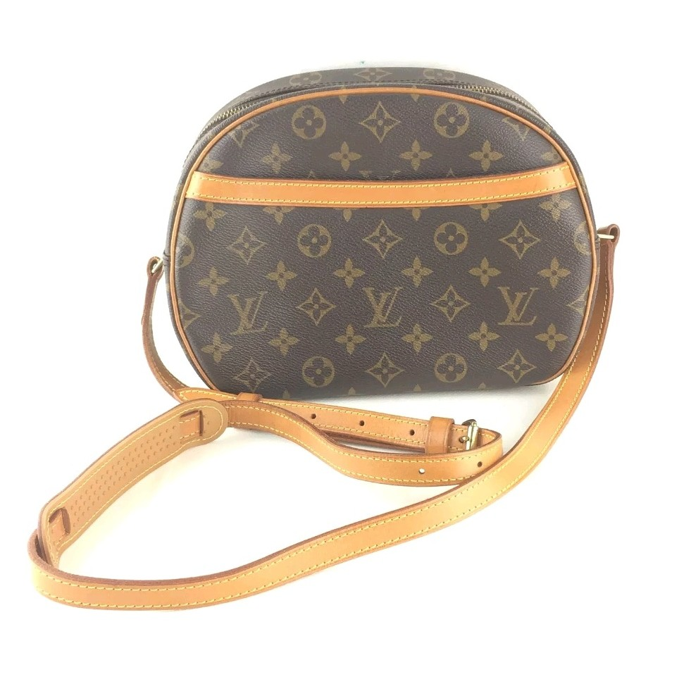 5ddc0de02515 💯 Authentic Louis Vuitton Monogram Blois Crossbody.