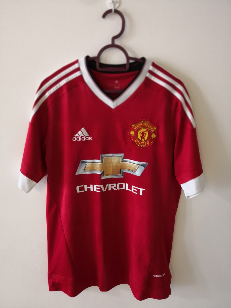 901daae3fe2 Authentic Manchester United Jersey Youth XL