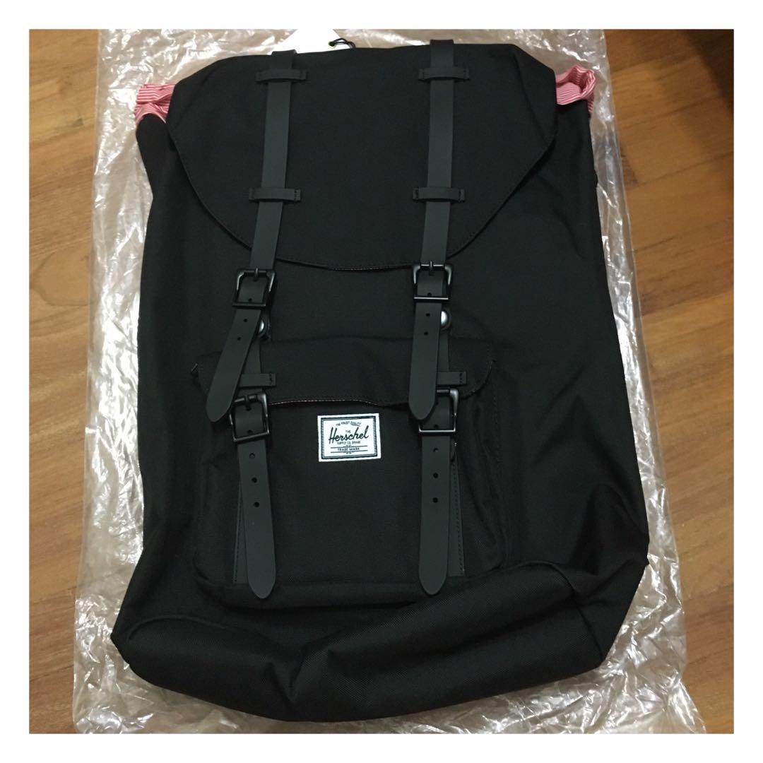 0b5cec5836c2 CHEAPEST  Herschel little america black backpack