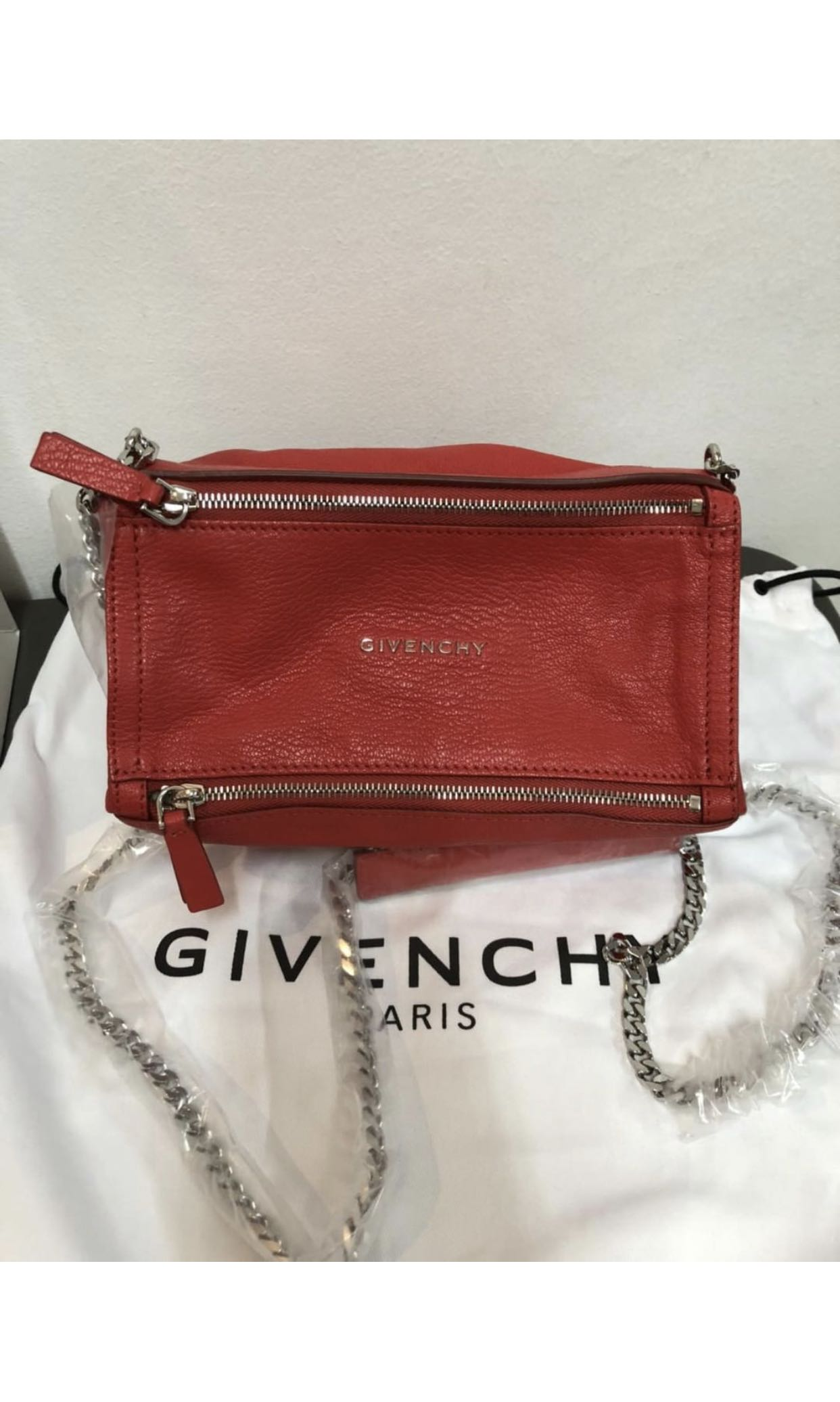 f3810cd92f3a GIVENCHY Pandora Mini Chain Bag
