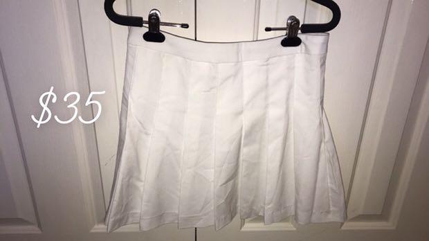 Glassons tennis skirt