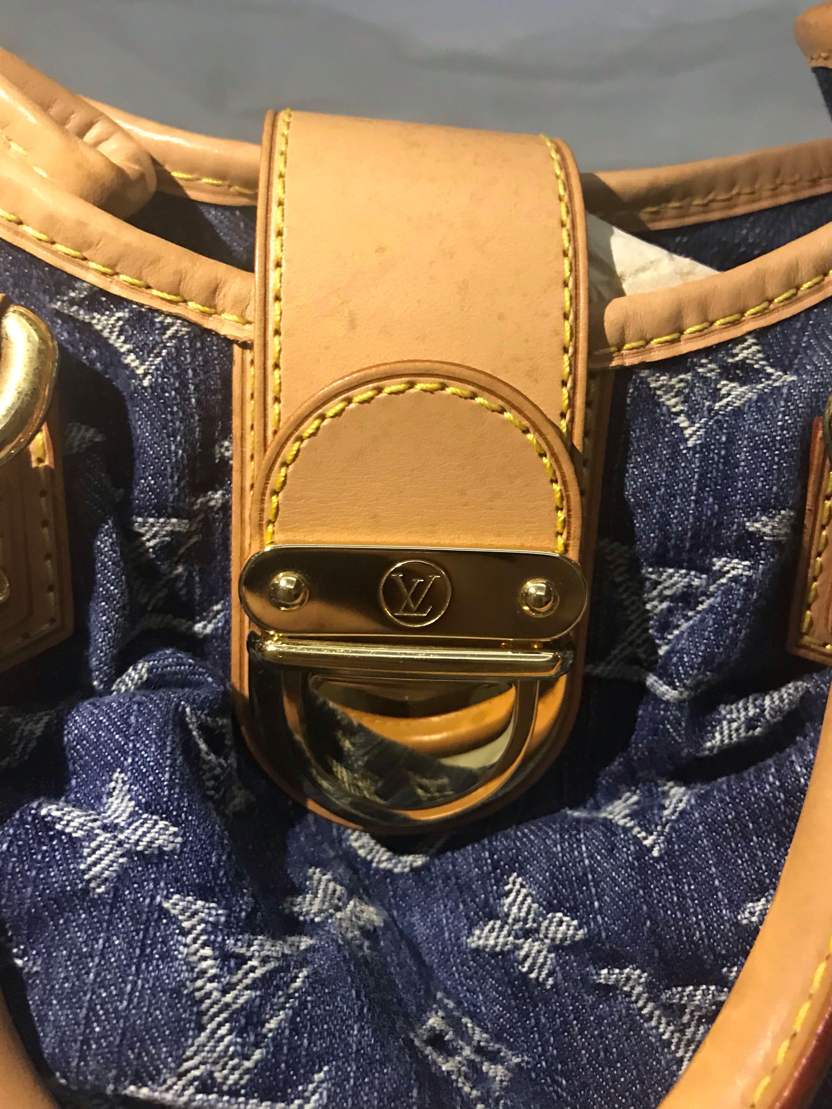 36274add0d3b LV Small Bag  320