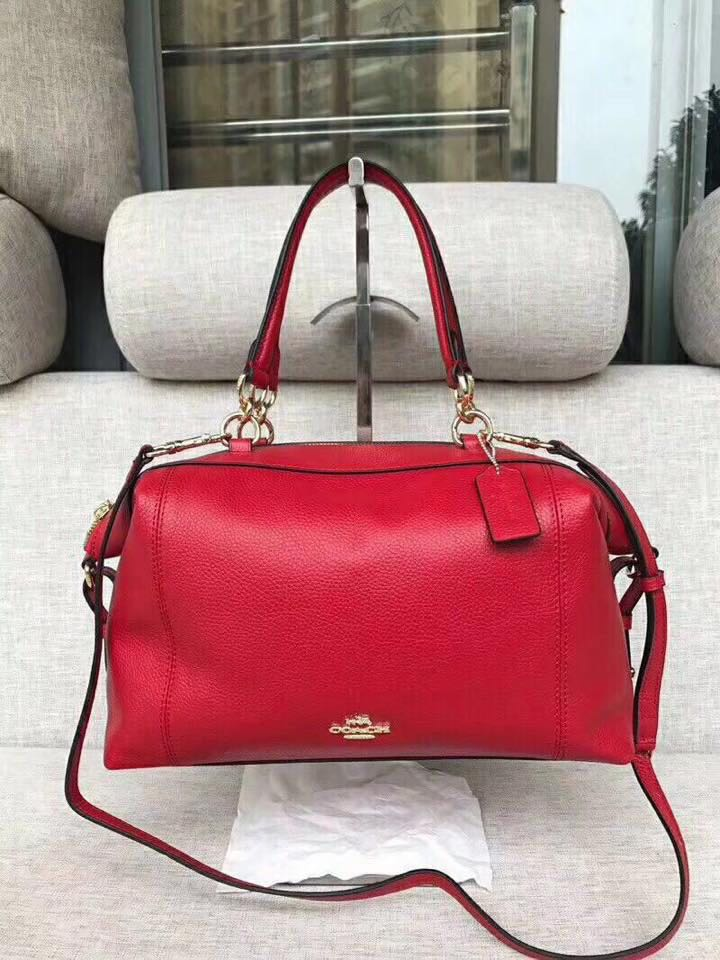 698faa90c4 Sale!! Brandnew Authentic Coach Shoulder   Sling Bag (💯 Leather ...