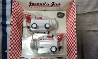 Formula Fun Salt & Pepper Shakers 賽車型狀鹽&胡椒樽