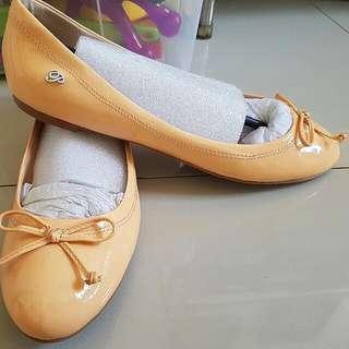 Sepatu Pedro Wanita