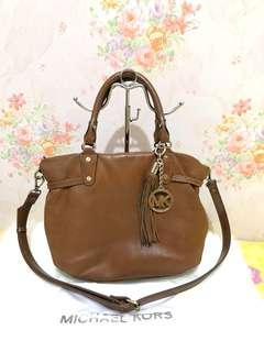 MICHAEL KORS bag authentic with DB ori