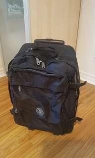 suits case 8/10 condition for carry-on laggage