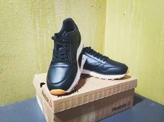 c632756b952 Reebok Classic Leather PG
