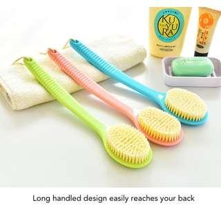 🚚 Long Handled Soft Bristle Bath Brush