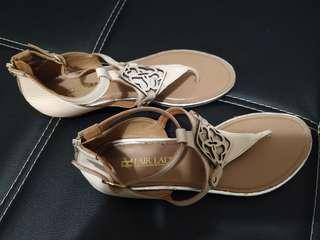 Fair lady sandal