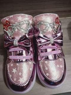 Fashionista shoes for kids