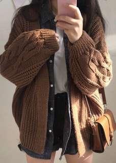 🚚 咖啡色針織外套