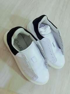 [Reduced] Carlo Rino White Shoes