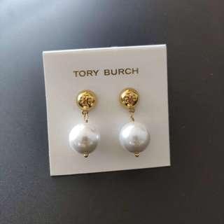 聖誕節交換禮物 Tory Burch Earrings Peral 珍珠圓Logo 吊飾耳環