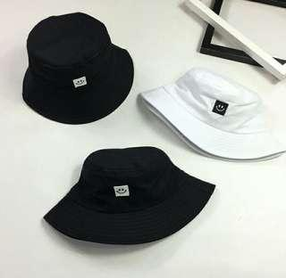 d5744d912a6  PO  KOREAN STYLE ULZZANG SMILE PATCH BUCKET HAT
